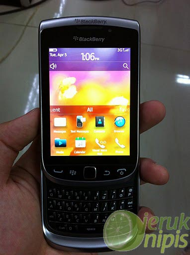 blackberry-torch-2-33