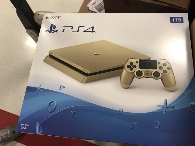 New gold PS4 with 1TB leaks online before E3 (photo)